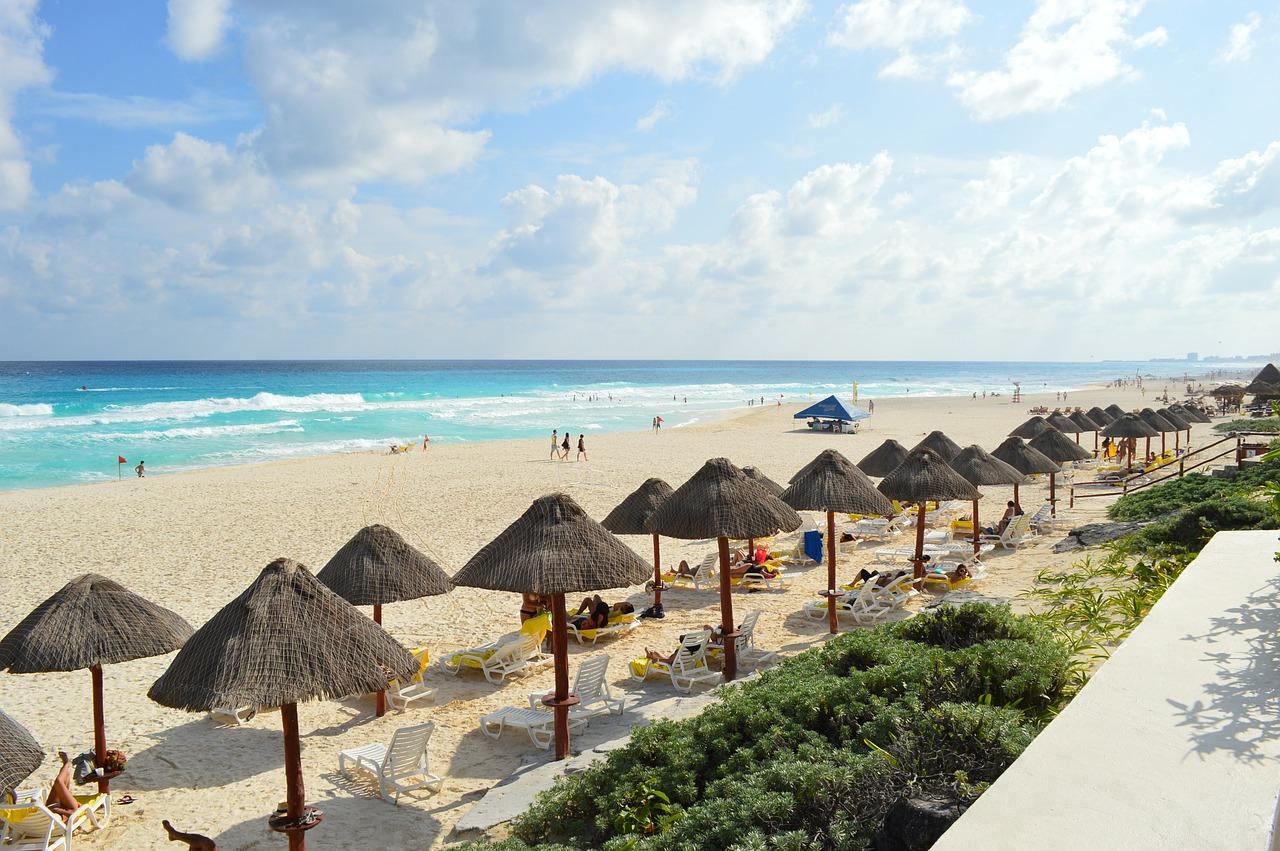beach-352124_1280