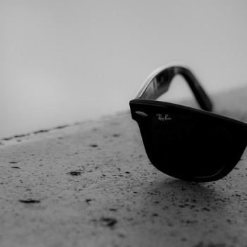 sunglasses-692517_640