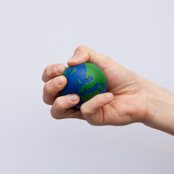 600px-Earth_globe_stress_ball