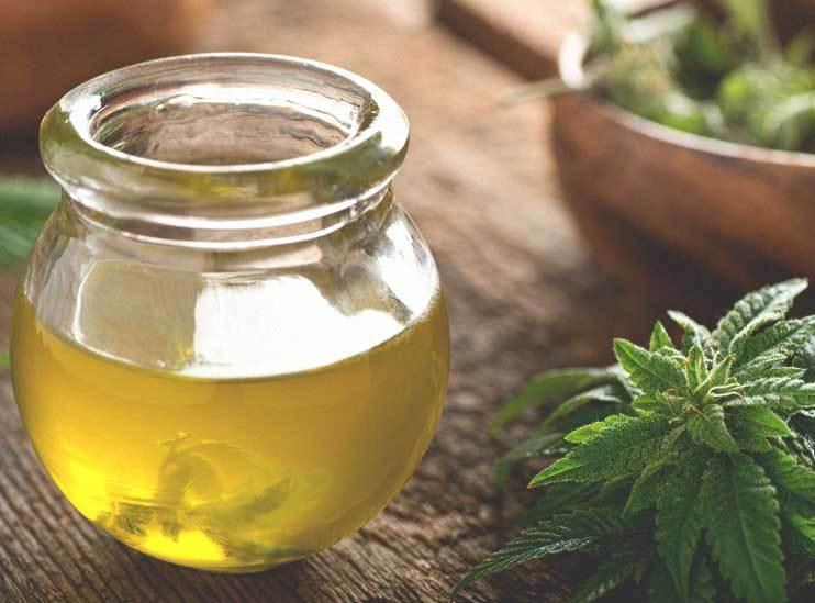 4215-Cannabis_Oil-742x549-thumbnail