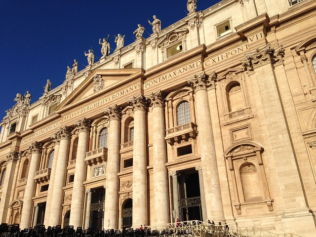 st-peters-basilica-380337_640