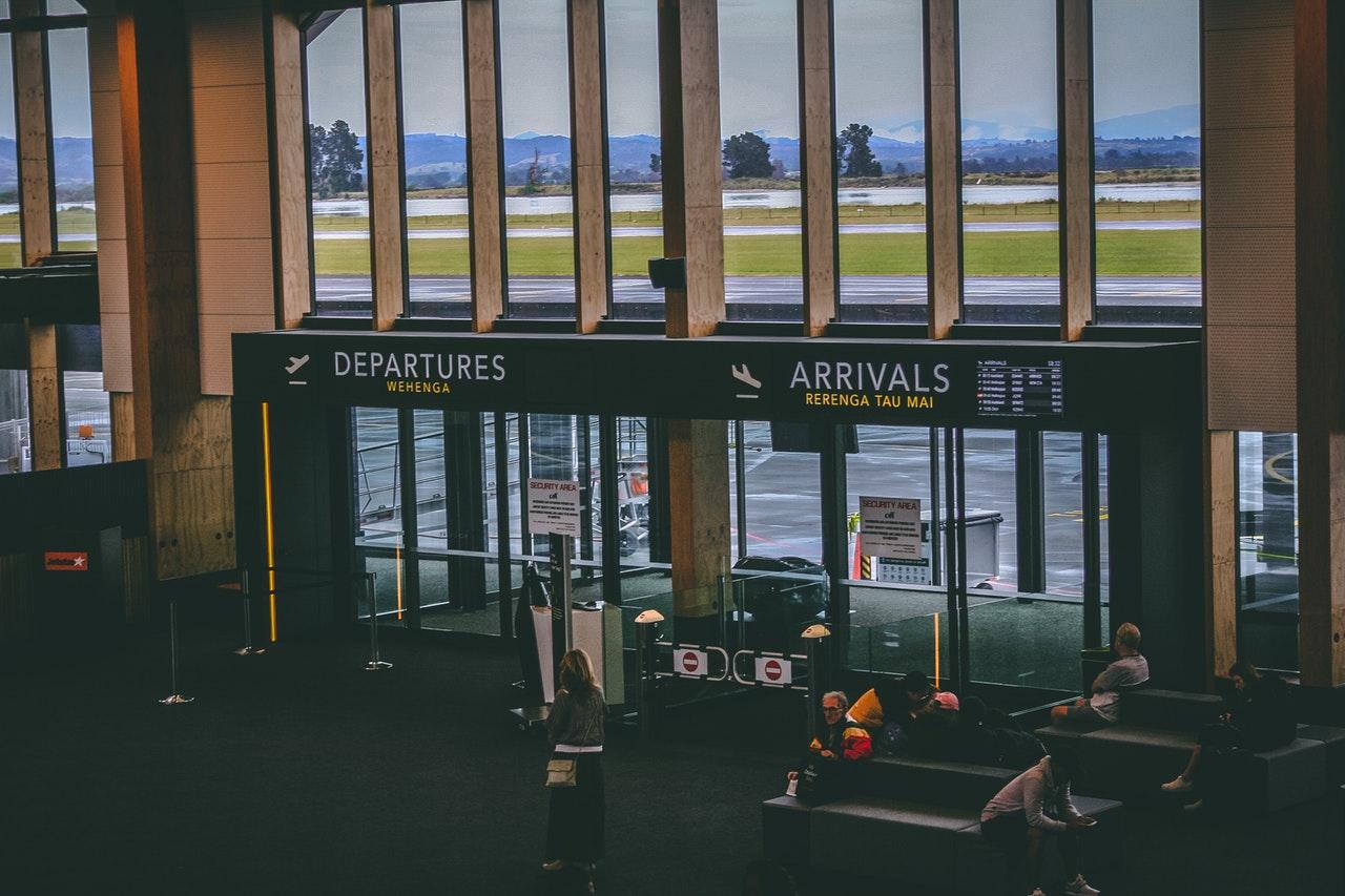 airport-doors-entrance-1730814
